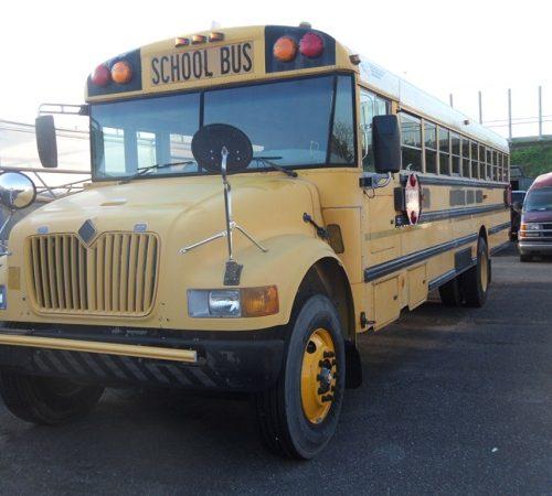 International USA schoolbus 2003